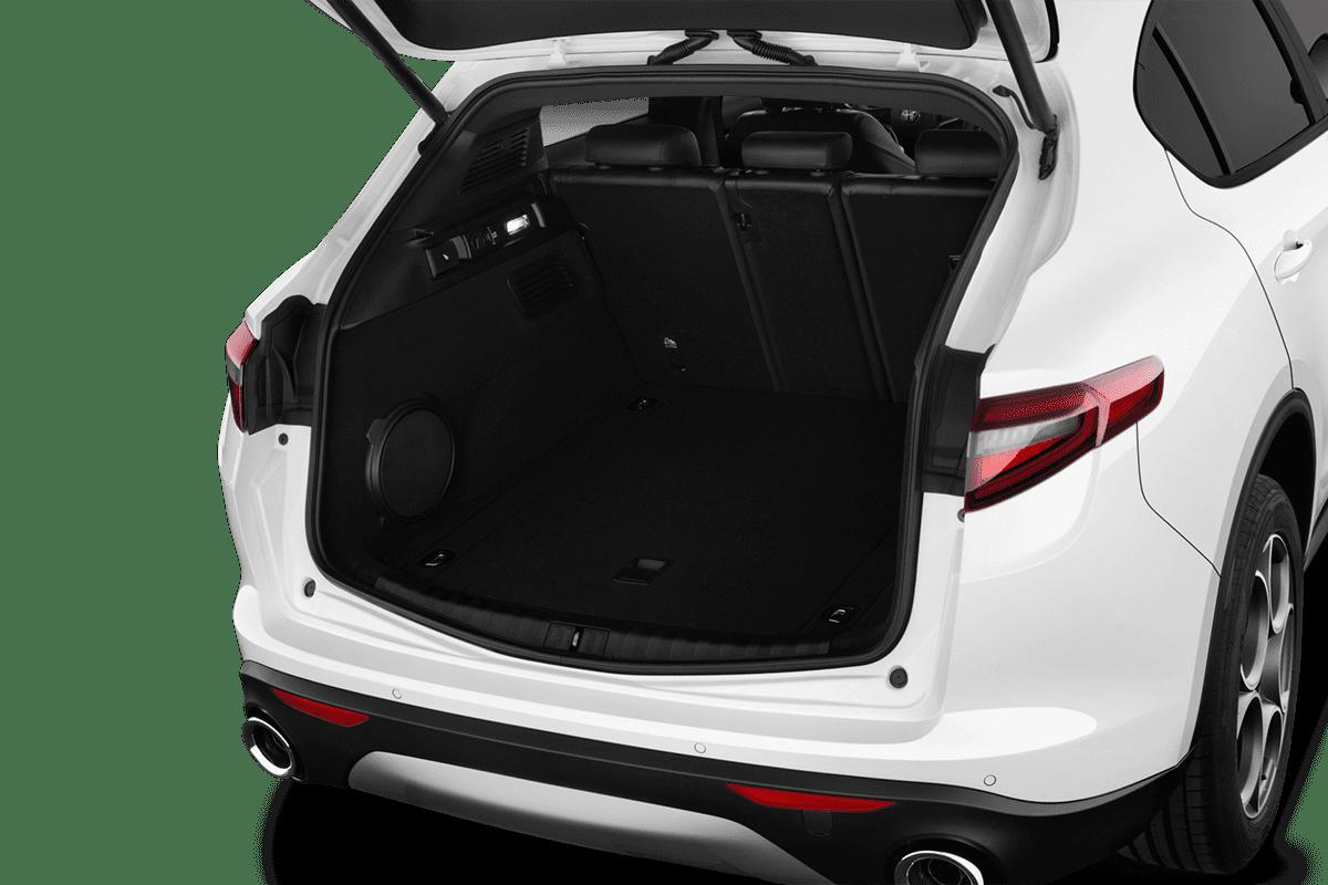 Alfa Romeo Stelvio  trunk