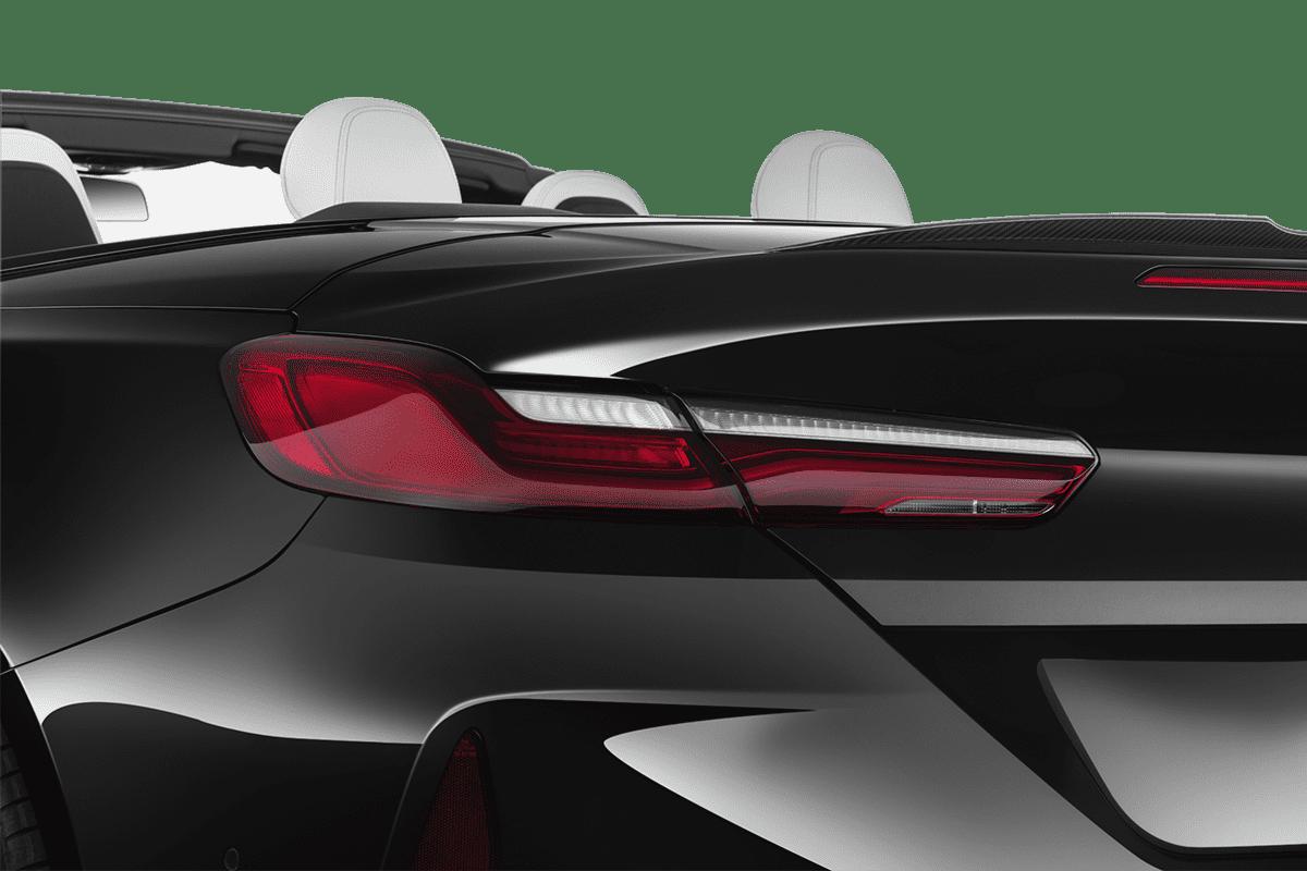 BMW M8 Cabrio taillight