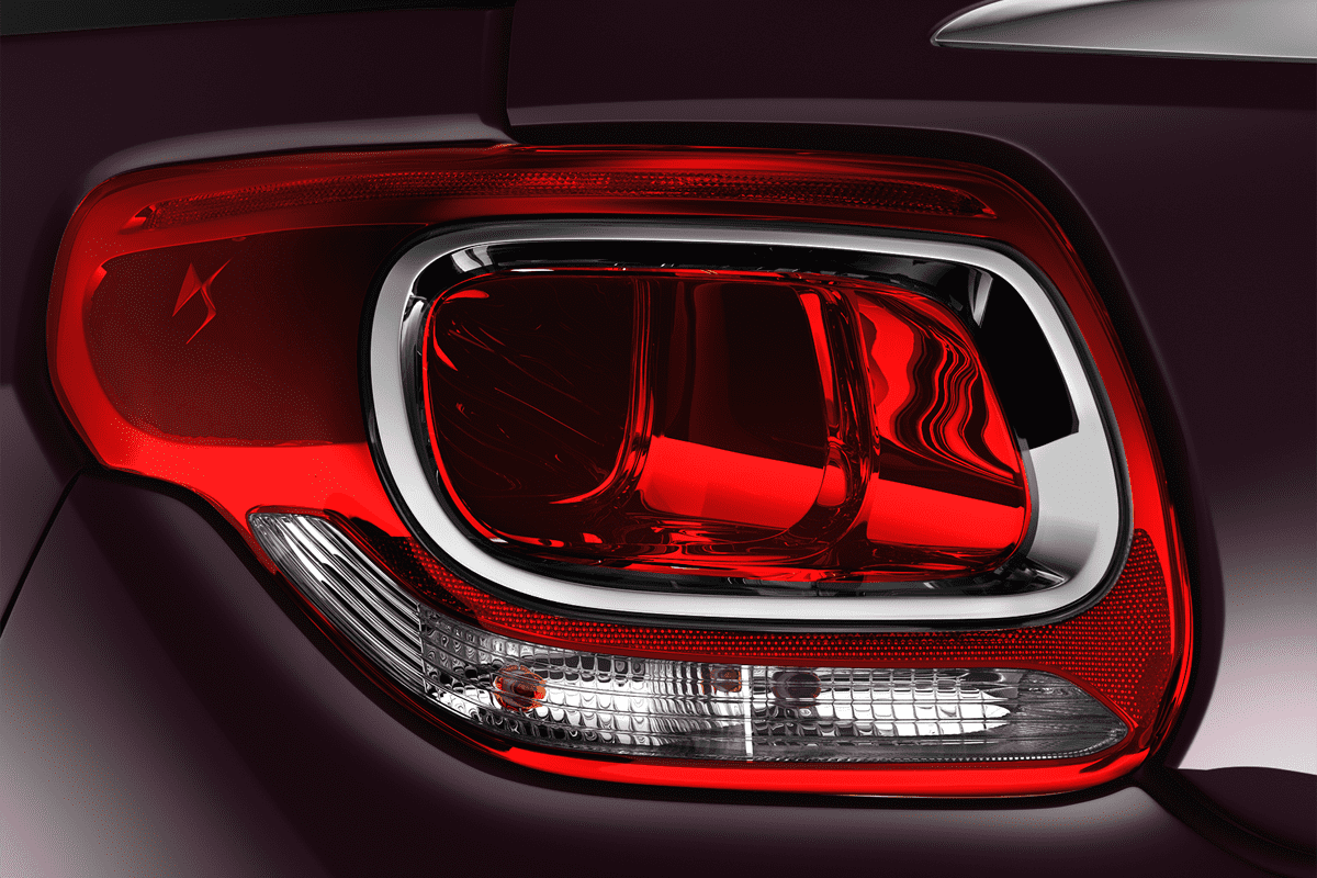 DS  taillight