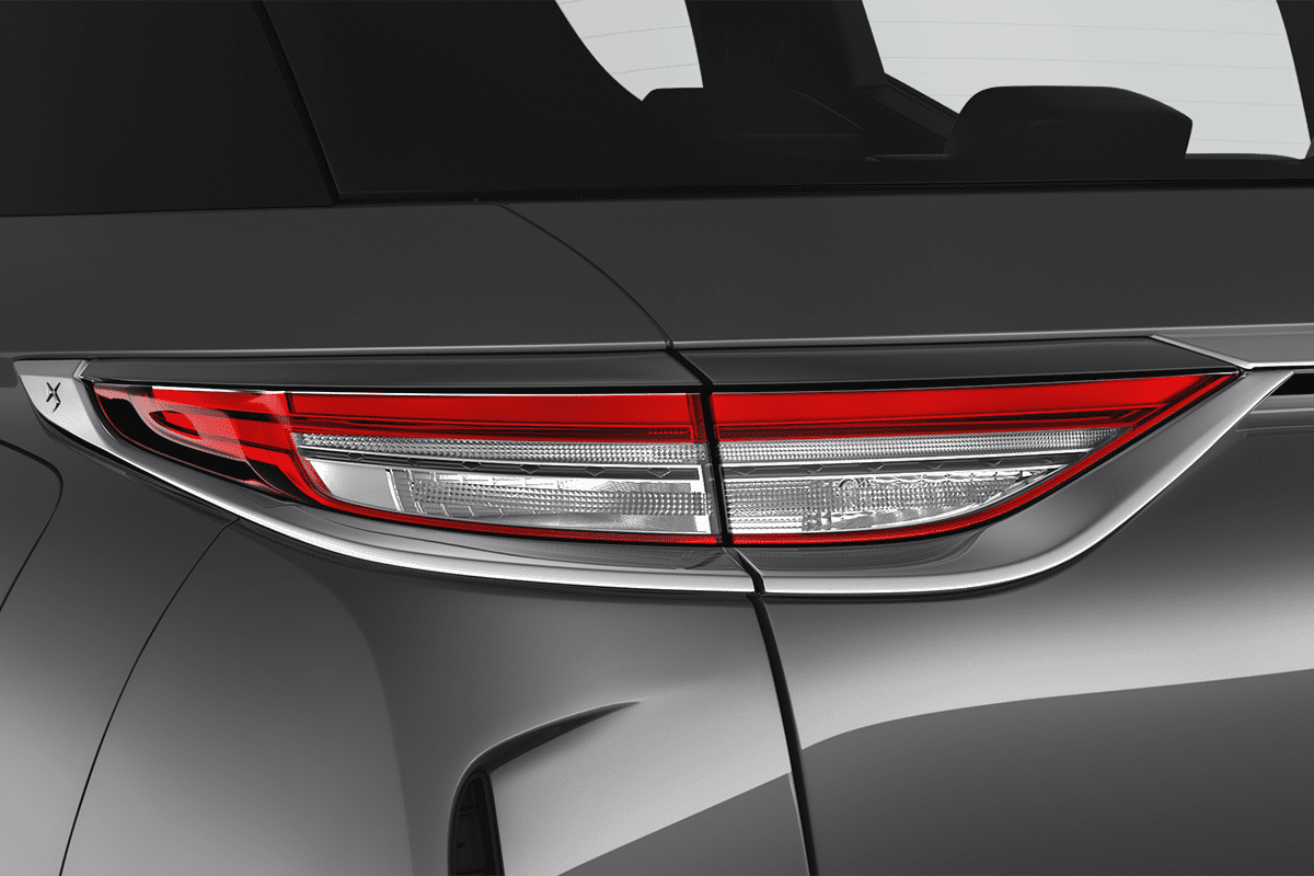 DS 3 Crossback taillight