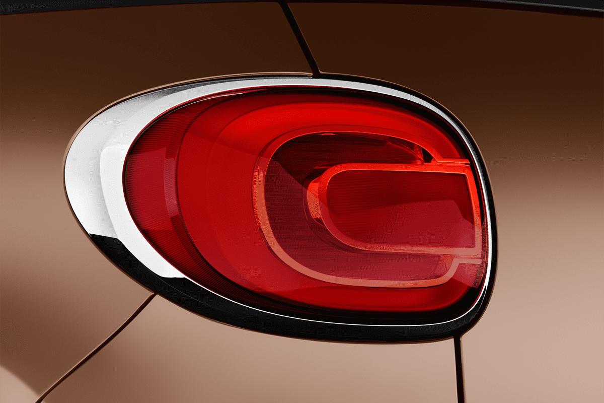 Fiat 500L taillight