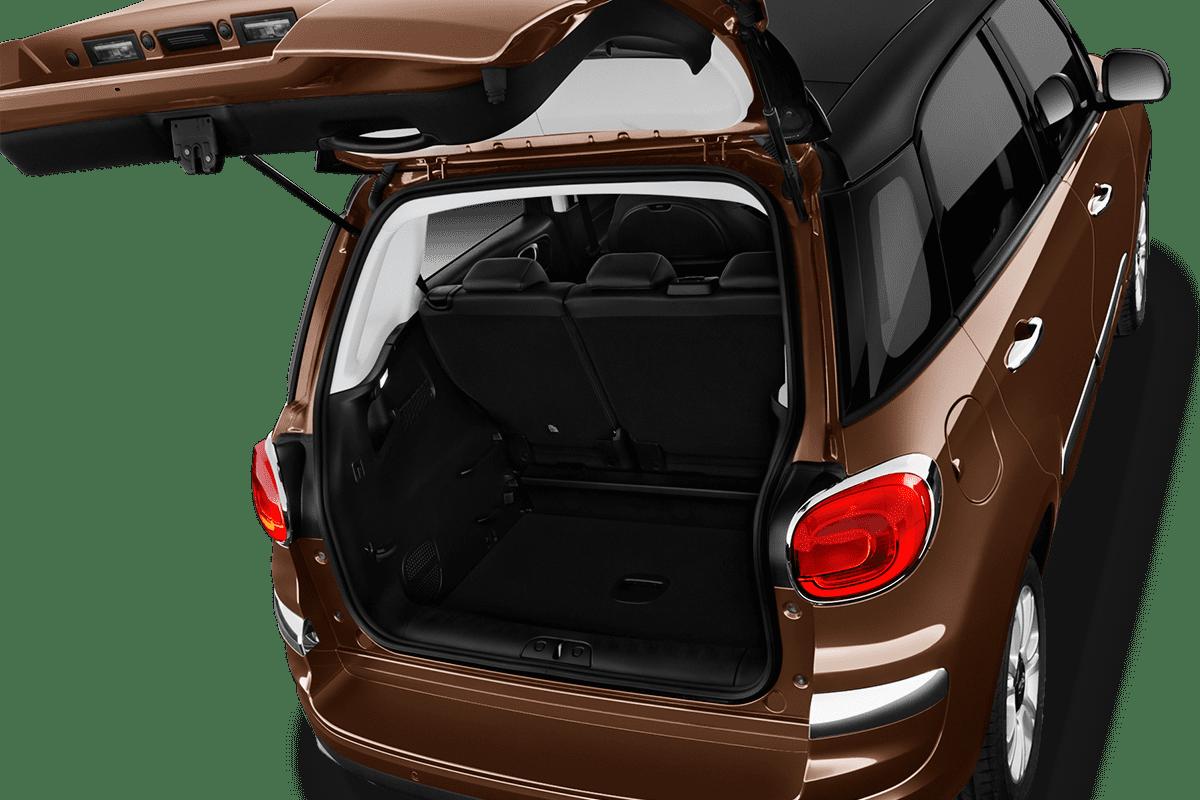 Fiat 500L trunk