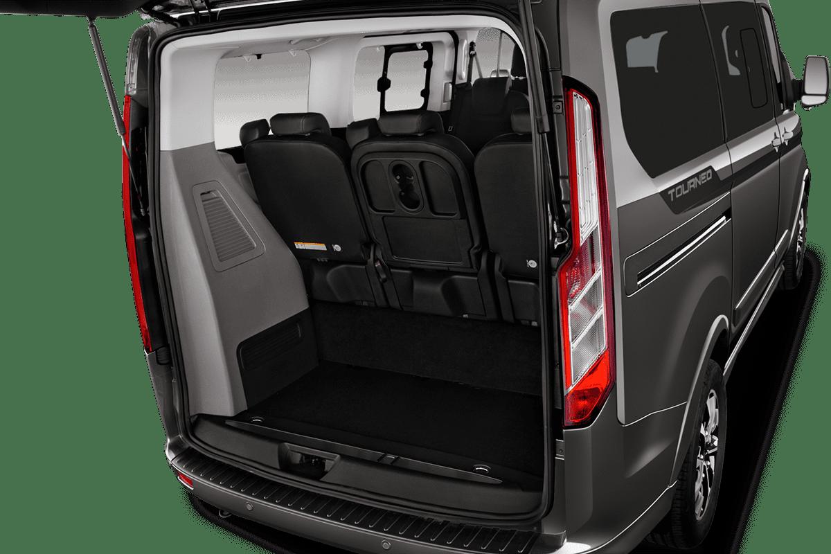 Ford Tourneo Custom Plug-In-Hybrid trunk