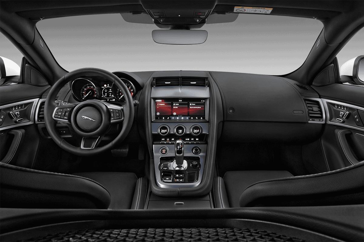 Jaguar F-Type Coupé dashboard
