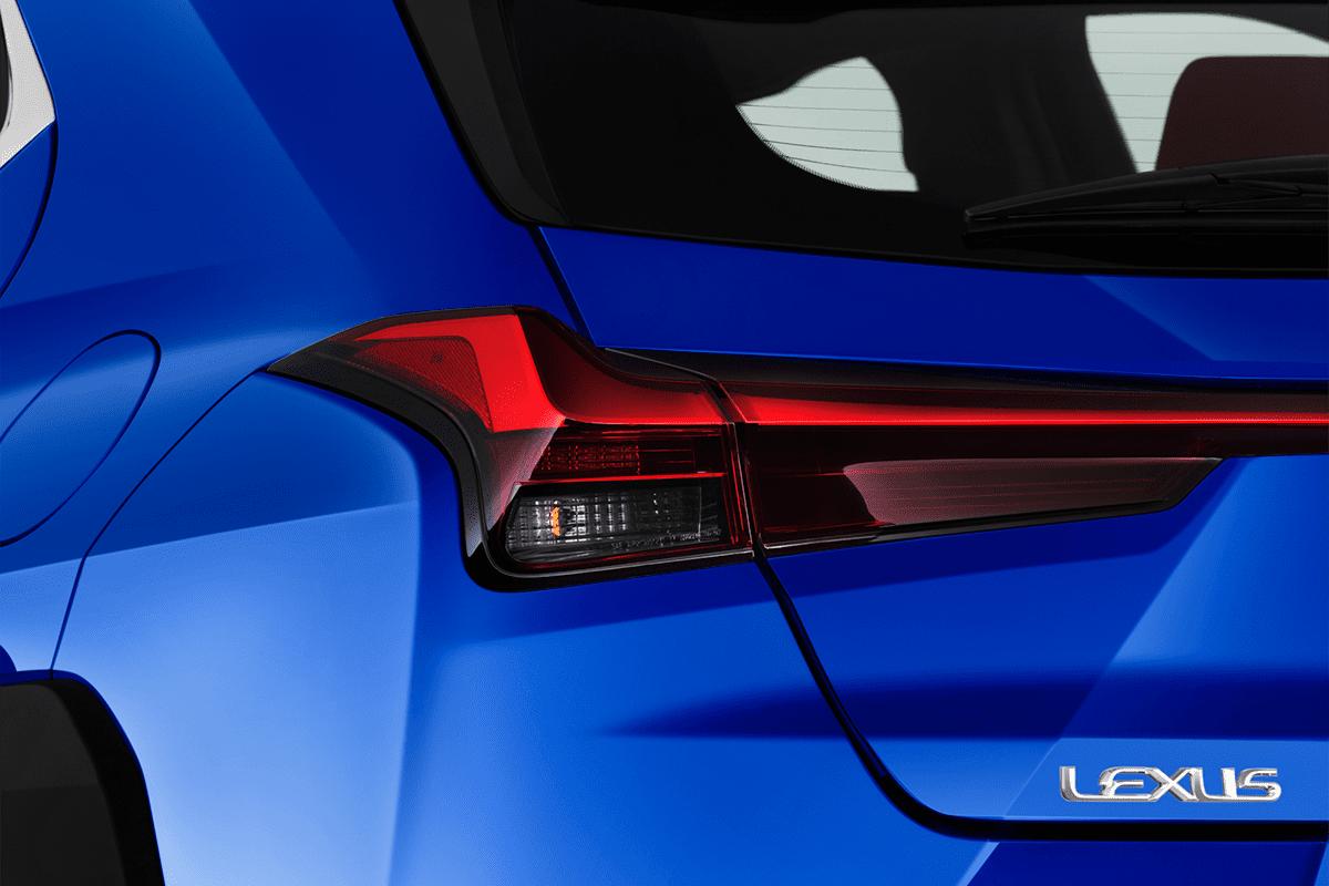 Lexus UXe taillight