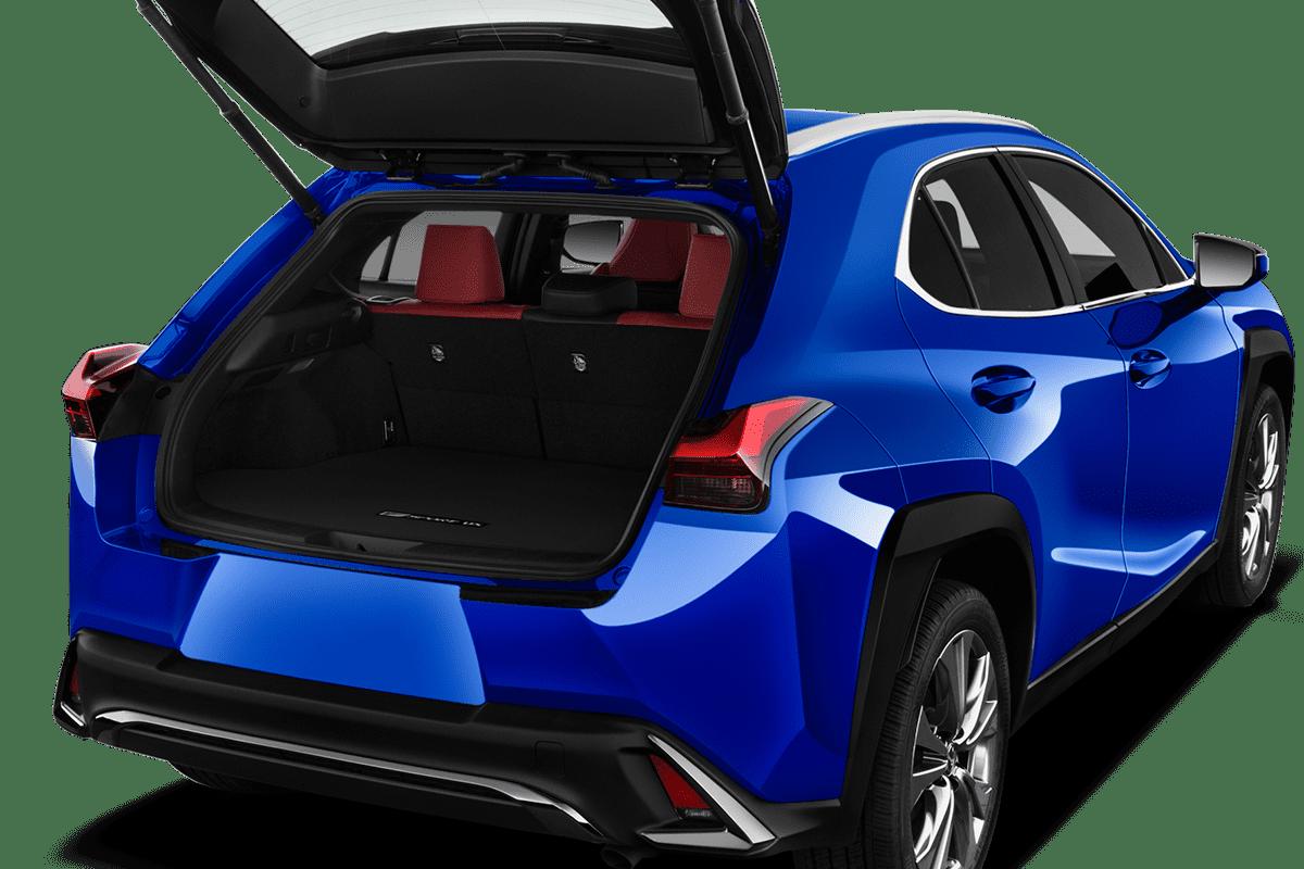 Lexus UXe trunk