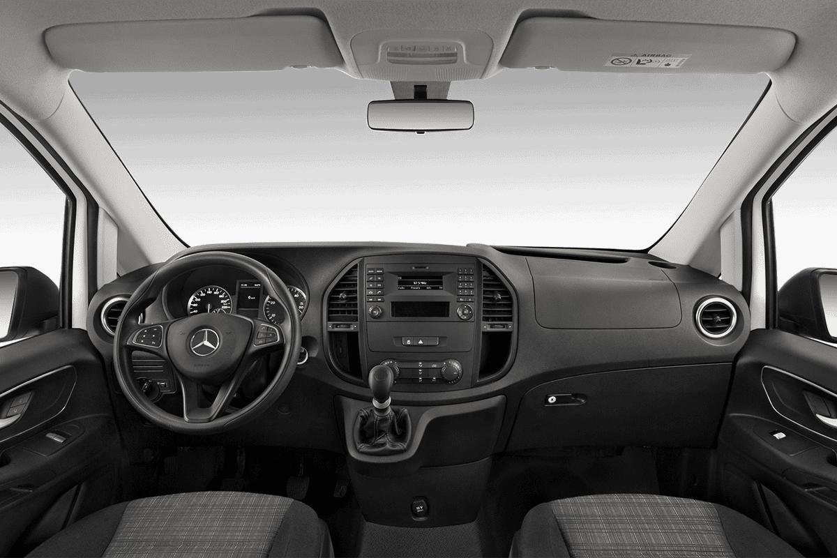 Mercedes Vito Kastenwagen dashboard