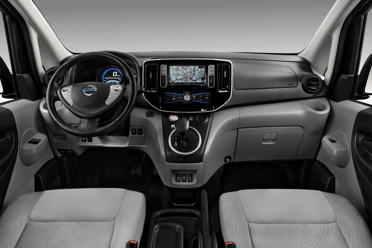 Nissan E-NV200 Evalia dashboard
