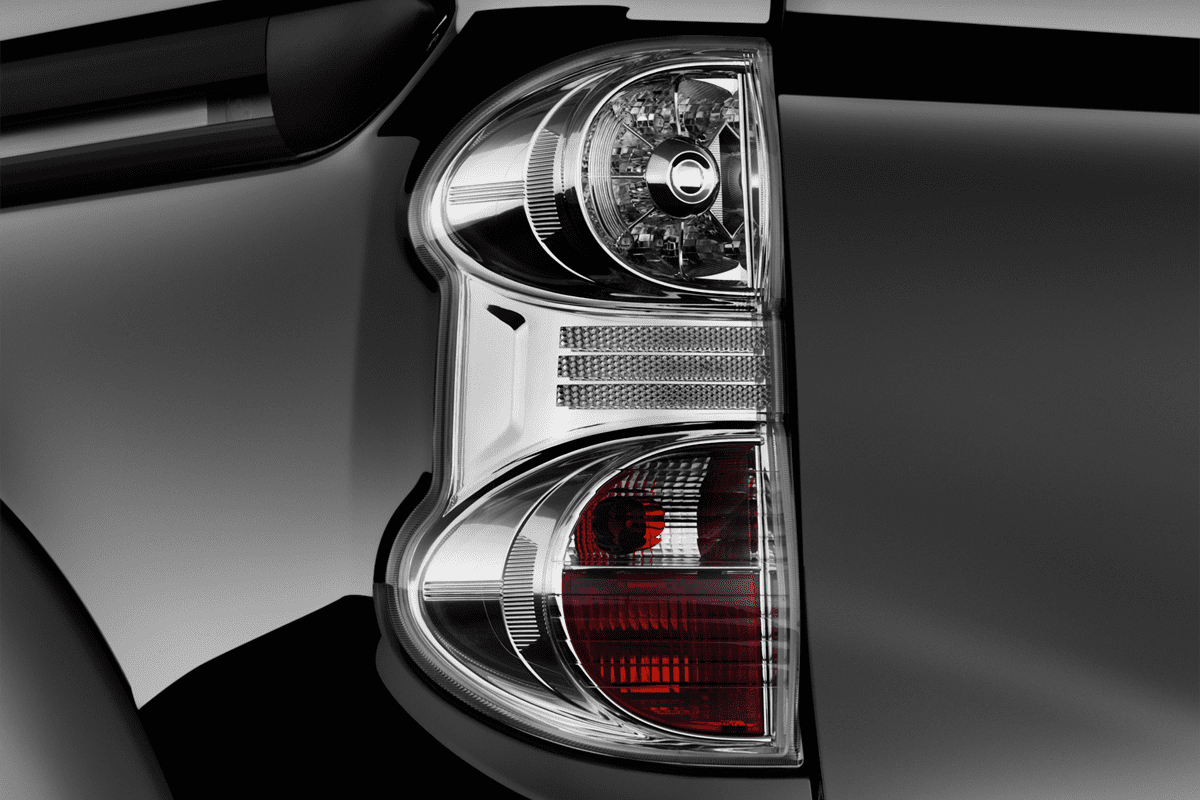 Nissan E-NV200 Evalia taillight