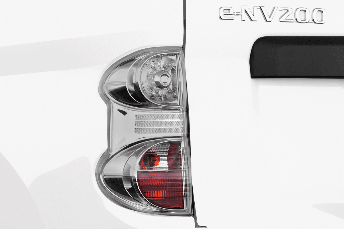 Nissan NV200 Normal Kastenwagen taillight