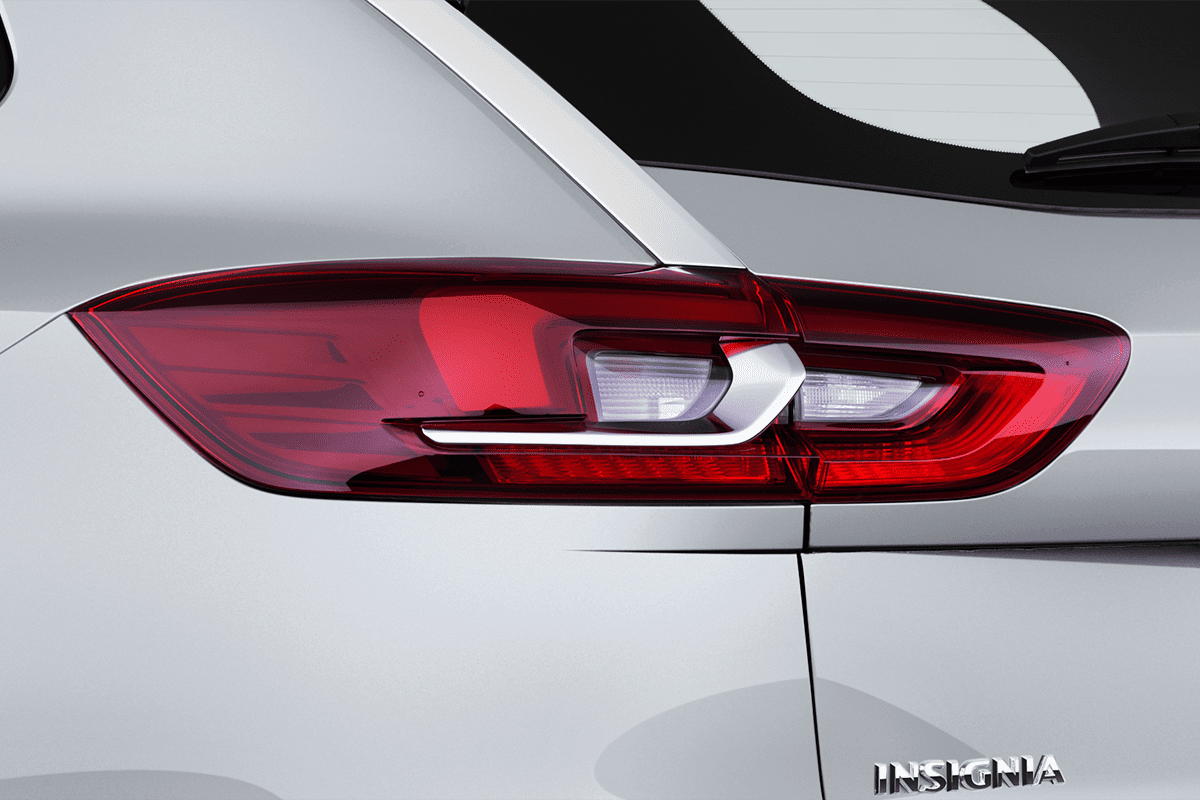 Opel Insignia Country Tourer taillight