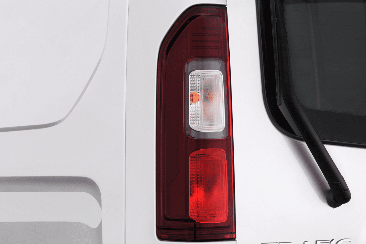 Renault Trafic Doppelkabine Kastenwagen taillight