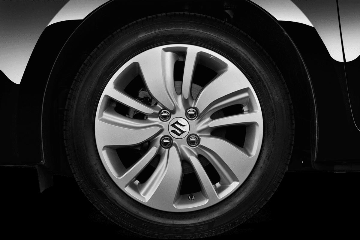 Suzuki Swift wheelcap