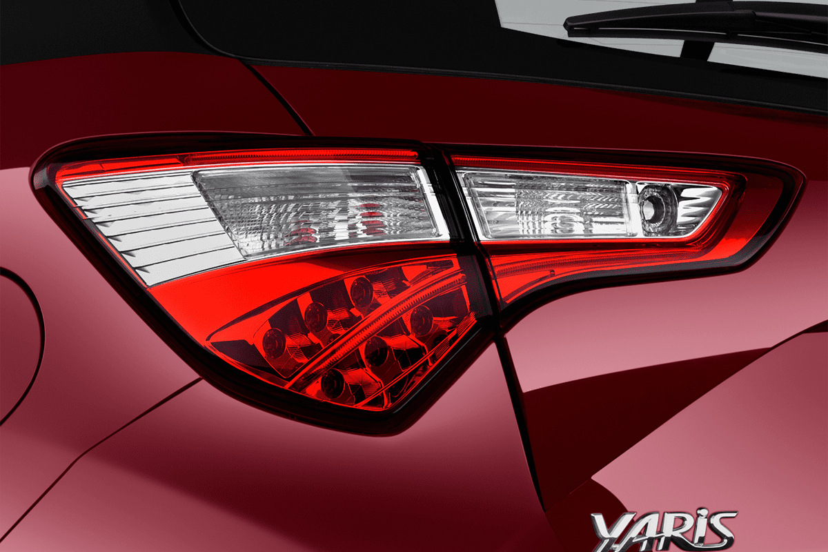 Toyota Yaris Y20 taillight