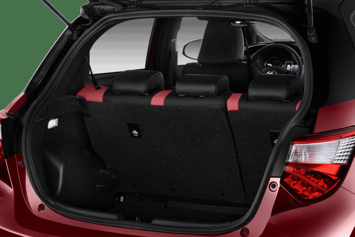 Toyota Yaris Y20 trunk
