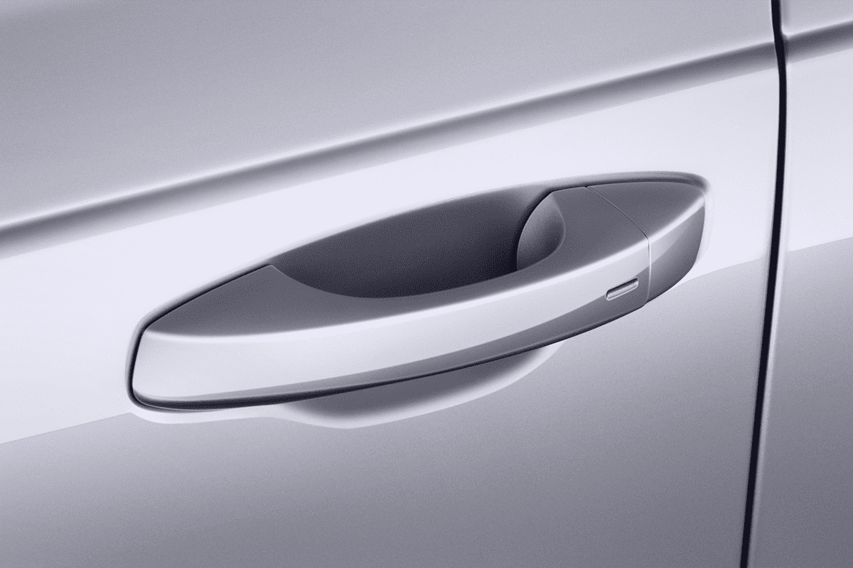 VW Touareg Plug-In-Hybrid doorhandle