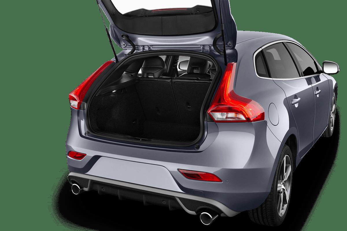 Volvo V40 trunk