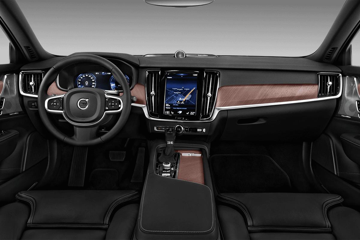 Volvo V90 Plug-in-Hybrid dashboard