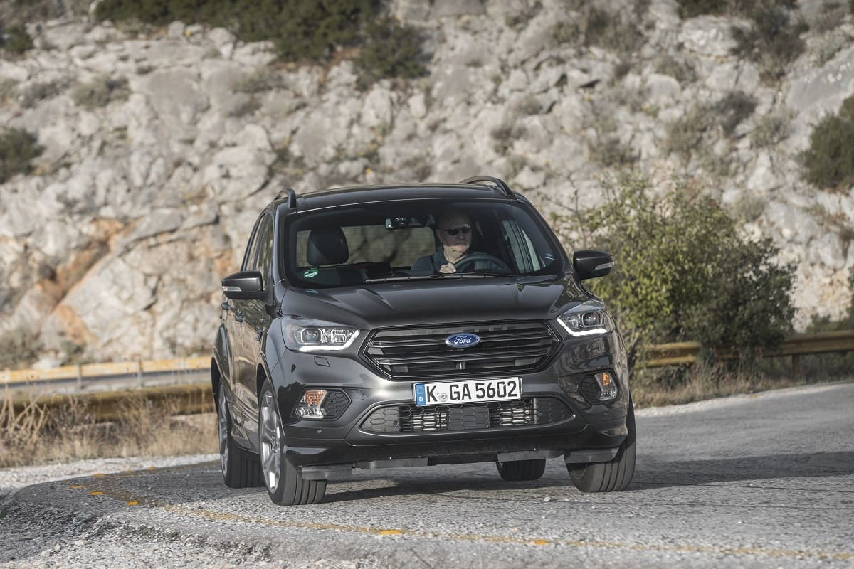 ford-kuga-st-line-2020-aussen-front