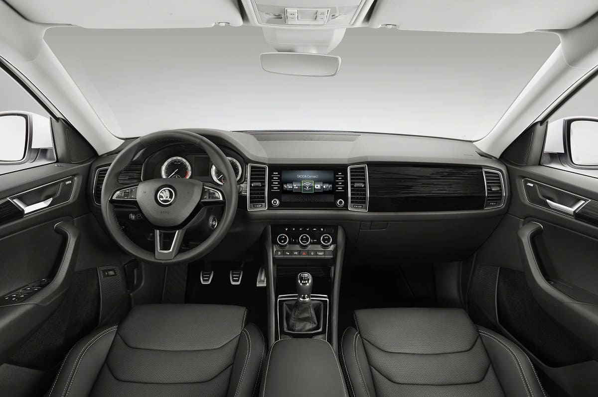 skoda-kodiaq-2020-innen-cockpit