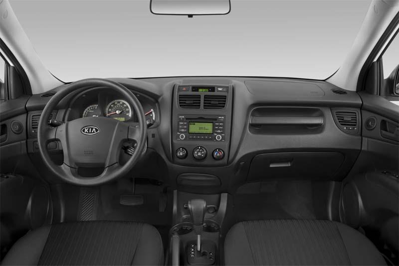 kia-sportage-2010-innen-cockpit