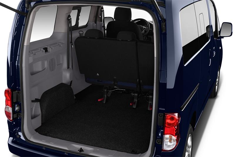 nissan-n200-evalia-2010-hinten-kofferraum