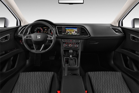 seat-leon-5-turer-2016-innen-cockpit