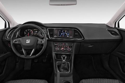 seat-leon-st-2016-innen-cockpit