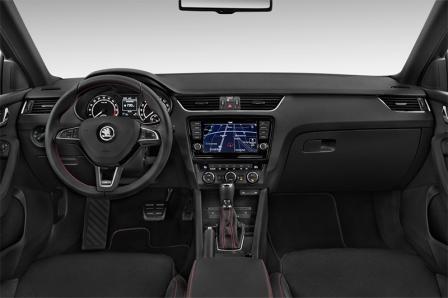 skoda-octavia-combi-rs-2016-innen-cockpit