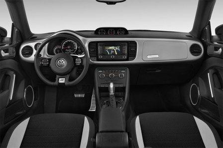 vw_beetle_2015_innen_cockpit